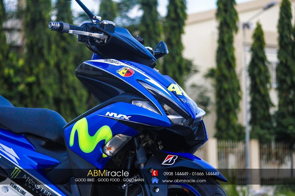 Yamaha NVX 155 MOVISTA EDITION