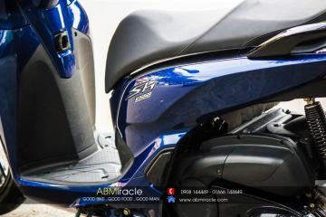Honda SH 300i CANDY BLUE
