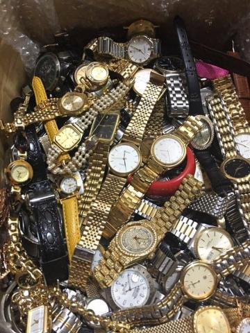 Đồng hồ Second Hand